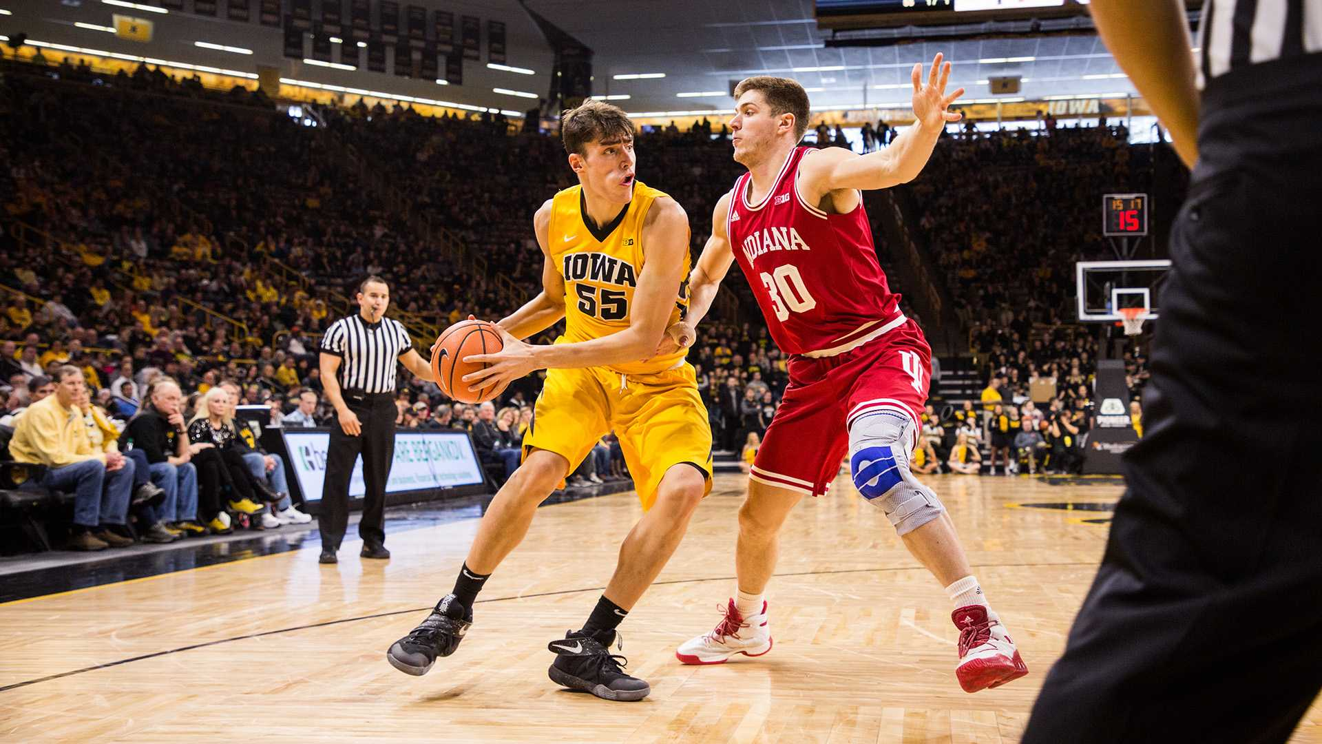 Iowa forward Luka Garza controls the ball during a game against Indiana University at Carver-Hawkeye Arena on Saturday, Feb. 17, 2018. The Hoosiers defeated the Hawkeyes 84 to 82. (David Harmantas/The Daily Iowan)