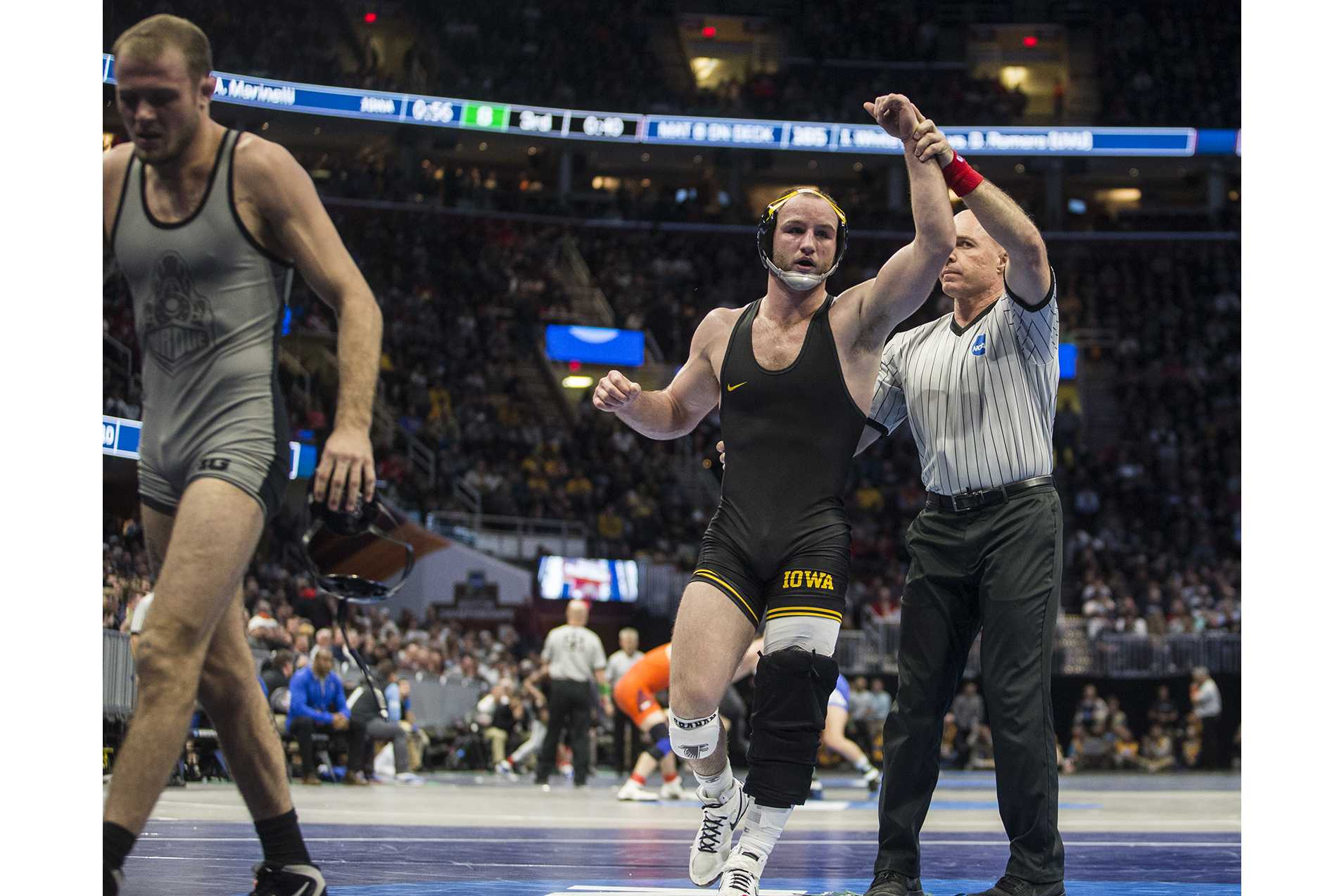 Photos: NCAA Wrestling Championships Session 1 – The Daily Iowan