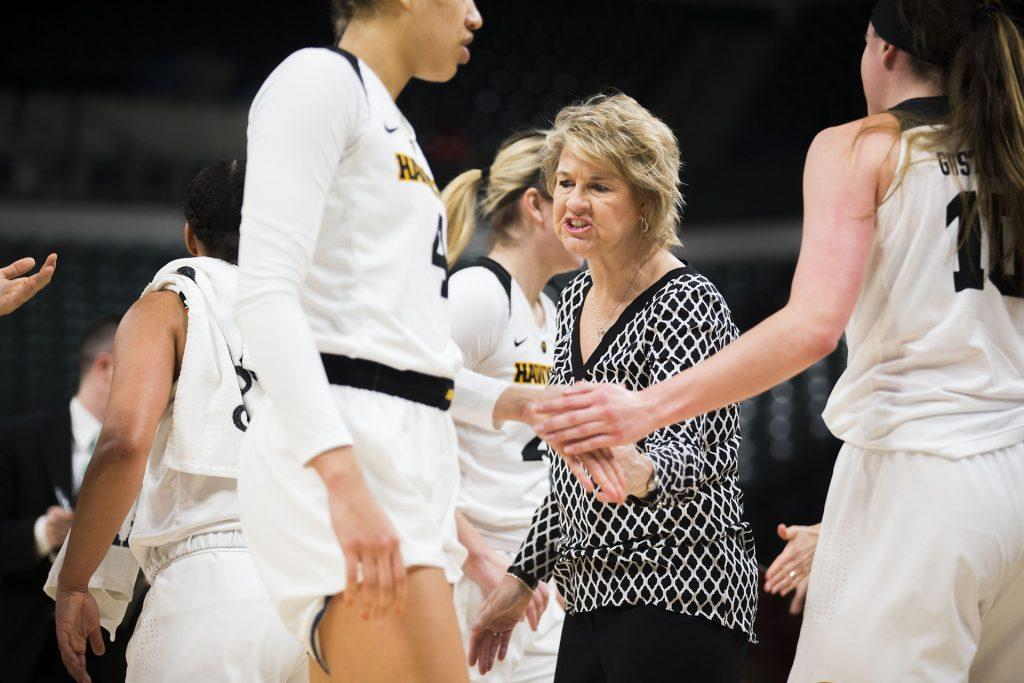 Iowa+head+coach+Lisa+Bluder+talks+to+players+during+the+Iowa%2FNorthwestern+Big+Ten+tournament+basketball+game+at+Bankers+Life+Fieldhouse+in+Indianapolis+on+Thursday%2C+March%2C+1%2C+2018.+The+Hawkeyes+defeated+the+Wildcats%2C+55-45.+Iowa+takes+on+No.4+Minnesota+on+Friday.+%28Lily+Smith%2FThe+Daily+Iowan%29
