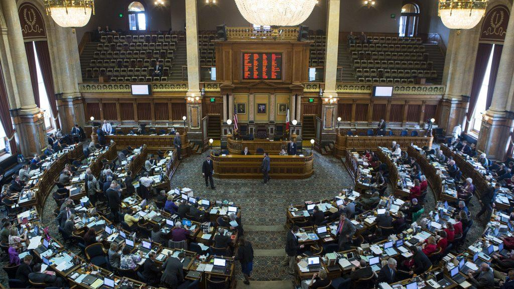 The+Iowa+House+Chamber+is+seen+during+Hawkeye+Caucus+at+the+State+Capitol+in+Des+Moines+on+Tuesday%2C+April+4%2C+2017.+%28Ben+Allan+Smith%2FThe+Daily+Iowan%29