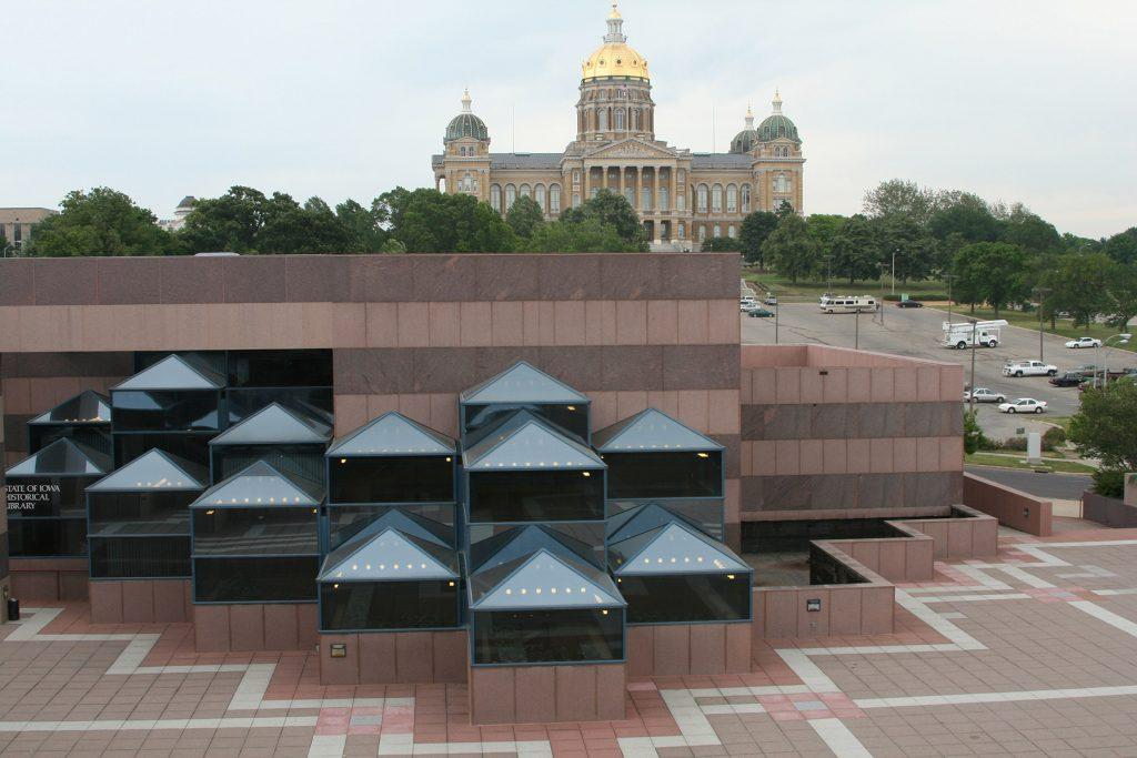 From the roof of the Iowa Historical Museum in Des Moines, the state capitol seems to hover above Des Moines East Village. (Robert Cross/Chicago Tribune/MCT)
