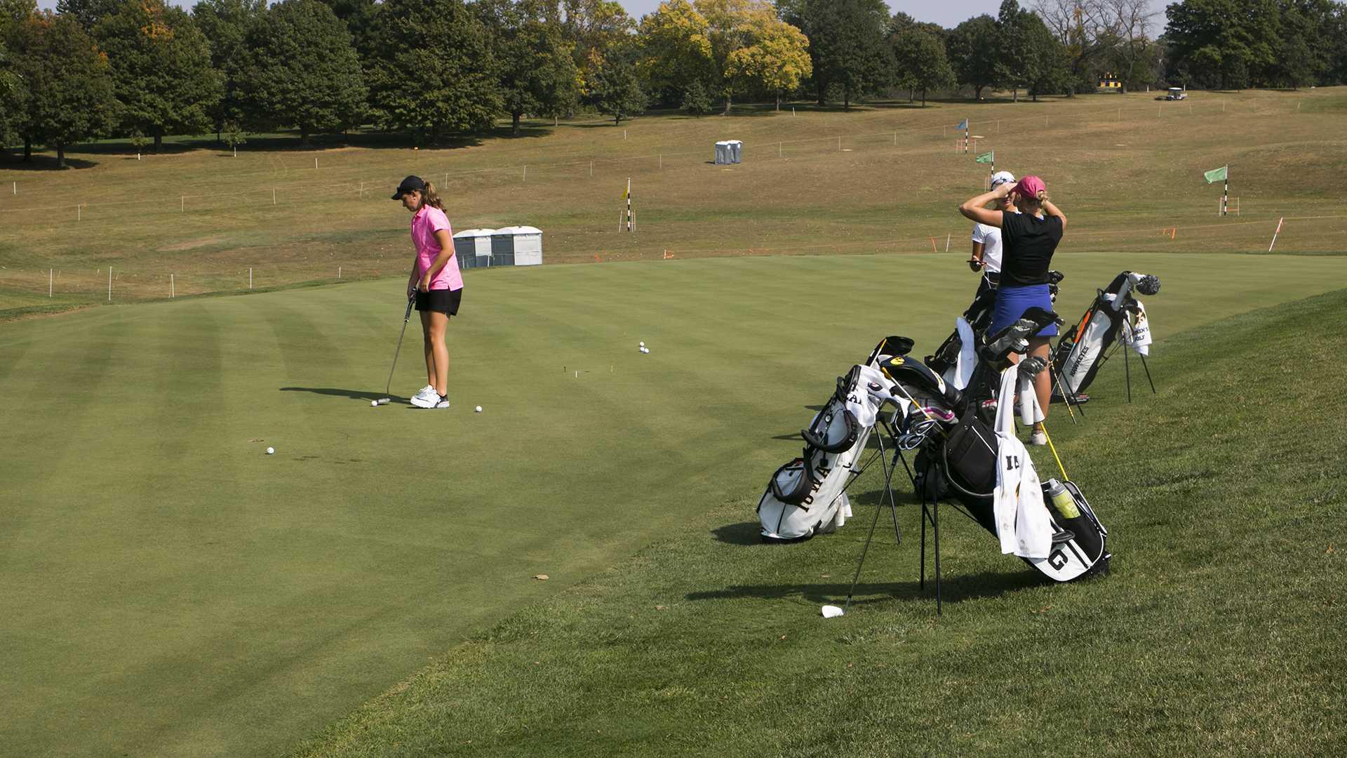 Herzog hopes to bounce back for Hawkeye golf