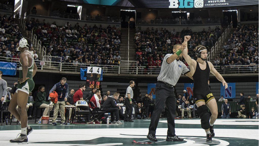 Iowa%27s+125-pound+Spencer+Lee+beats+Michigan+State%27s+RayVon+Foley+in+the+first+round+of+Session+1+of+the+Big+Ten+Wrestling+Championships+Day+1+at+the+Breslin+Student+Events+Center+in+East+Lansing%2C+MI+on+Saturday%2C+Mar.+3%2C+2018.+%28Ben+Allan+Smith%2FThe+Daily+Iowan%29