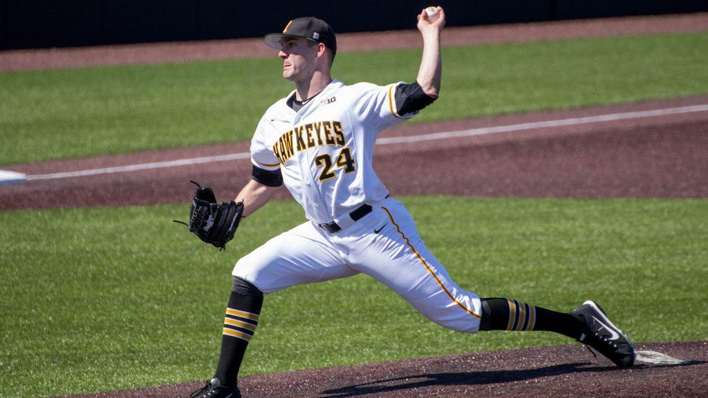 Nick+Allgeyer+pitches+during+Iowa+baseball+vs.+Ohio+State+at+Duane+Banks+Field+on+April+7%2C+2018.+The+Hawkeyes+were+defeated+2-1.+%28Megan+Nagorzanski%2FThe+Daily+Iowan%29