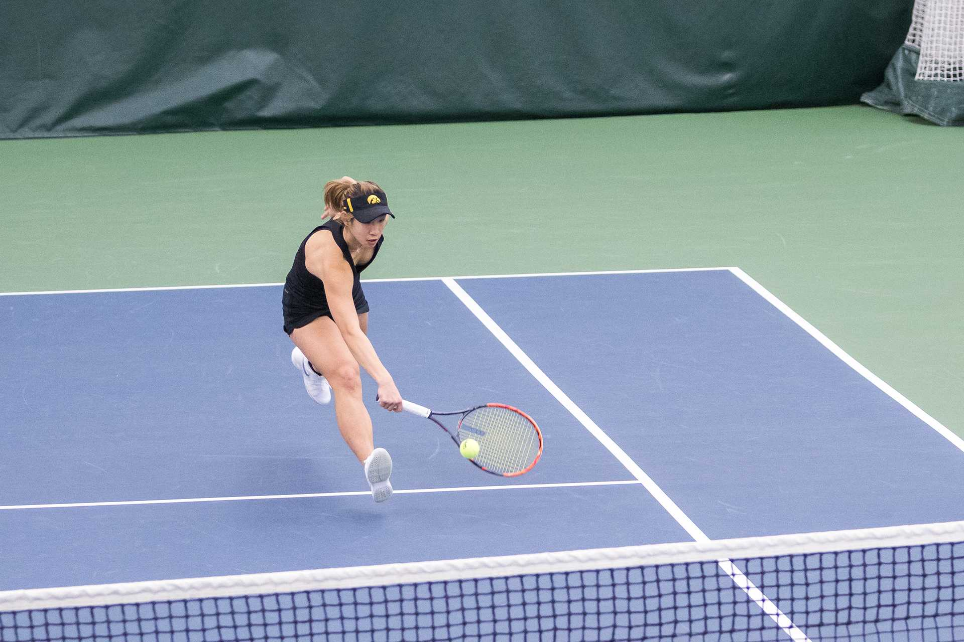 Hawkeye women's tennis tries to get back to .500