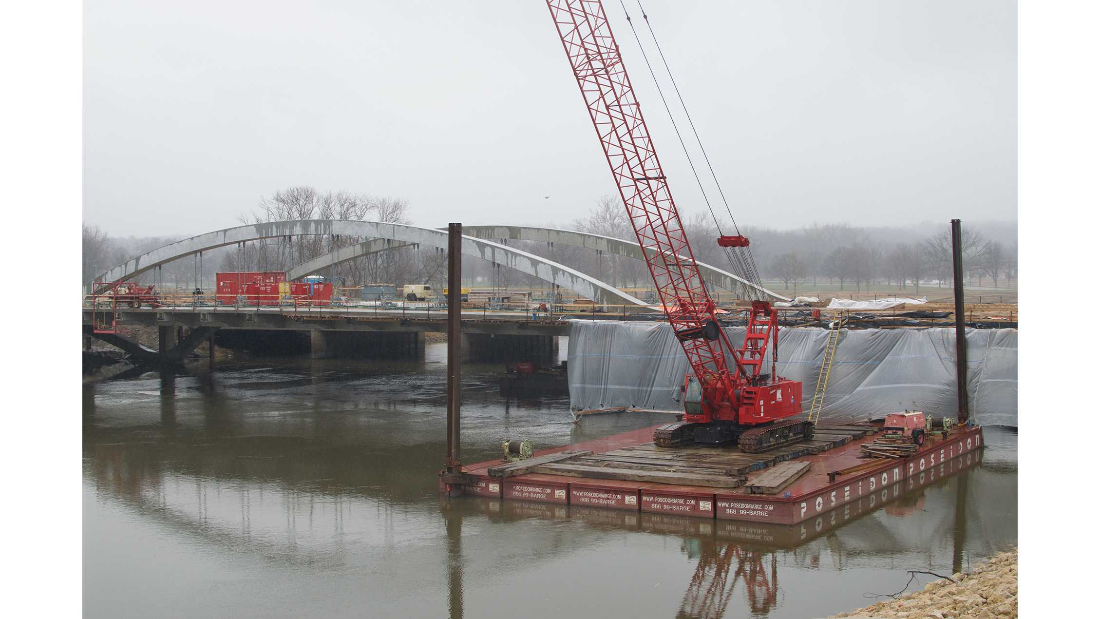 'Stay off the arches,' Iowa City says of Park Road Bridge