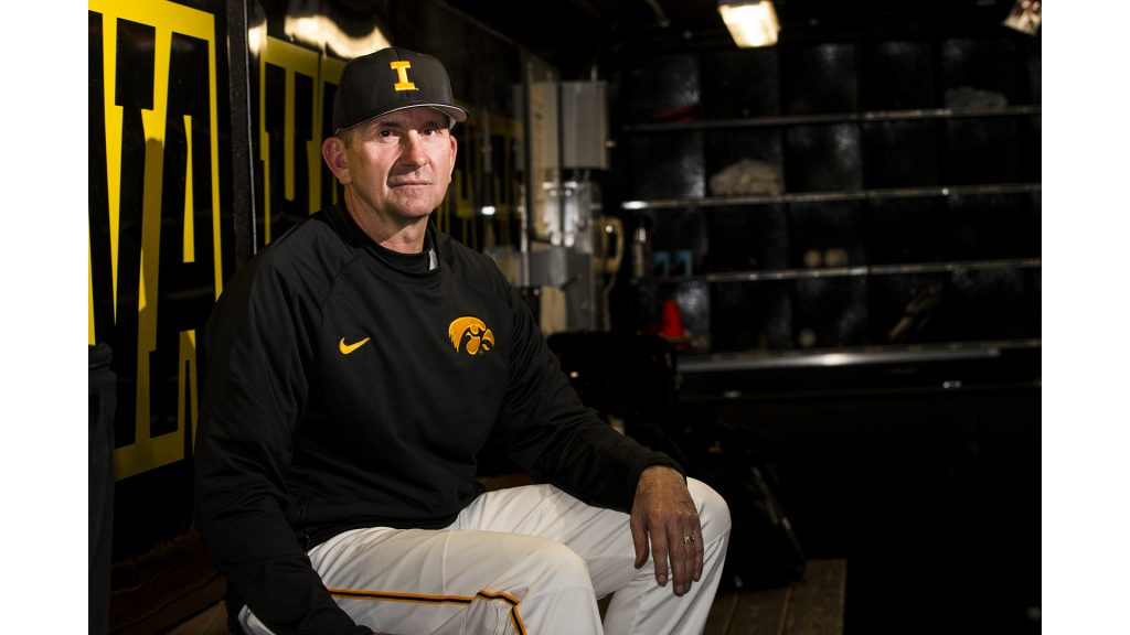 Iowa+head+coach+Rick+Heller+pauses+for+a+portrait+in+the+dugout+during+baseball+Iowa+vs.+Coe+College+at+Duane+Banks+Field+on+April+11%2C+2018.+The+Hawkeyes+defeated+the+Kohawks+16-1.+%28Katina+Zentz%2FThe+Daily+Iowan%29