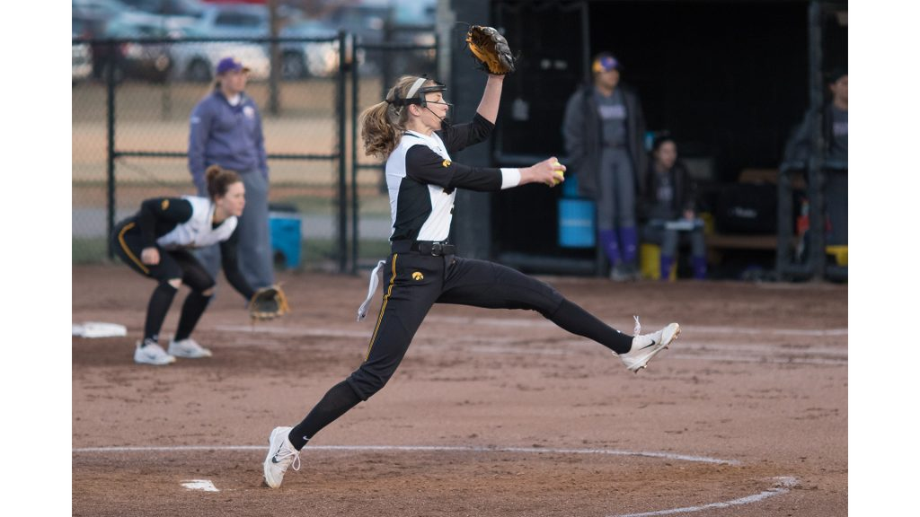 University+of+Iowa+softball+player+Allison+Doocy+winds+up+to+pitch+during+a+game+against+Western+Illinois+University+on+Tuesday%2C+Apr.+17%2C+2018.+The+Fighting+Leathernecks+defeated+the+Hawkeyes+2-1.+%28David+Harmantas%2FThe+Daily+Iowan%29