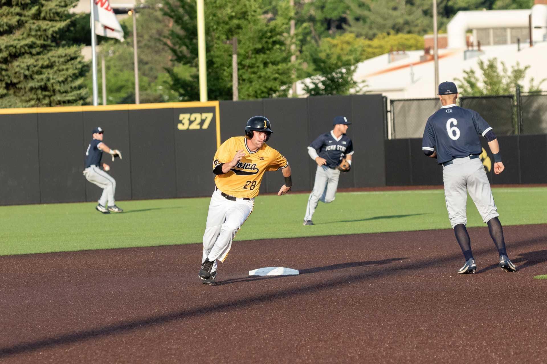 Iowa baseball's Whelan takes on leadership role