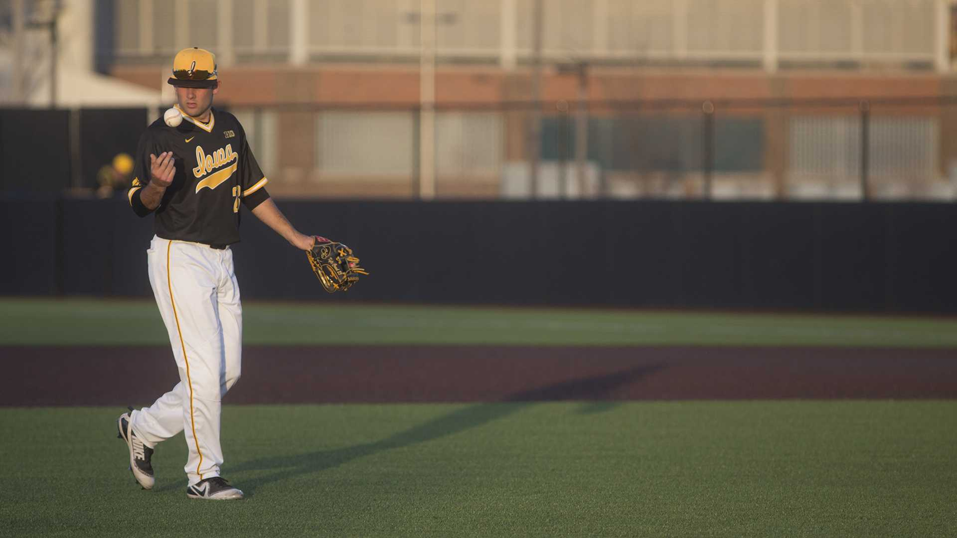 Iowa pitcher Jack Dreyer walks back to the mound during a game at Duane Banks Fields on Wednesday Apr. 25, 2018. (Katie Goodale/The Daily Iowan)