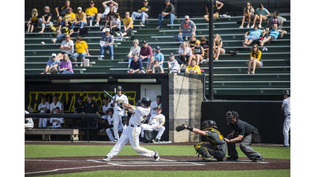 during+the+Iowa%2FMizzou+baseball+game+at+Duane+Banks+Field+on+Tuesday%2C+May+1%2C+2018.+The+Tigers+defeated+the+Hawkeyes%2C+17-16%2C+with+two+extra+innings.+%28Lily+Smith%2FThe+Daily+Iowan%29