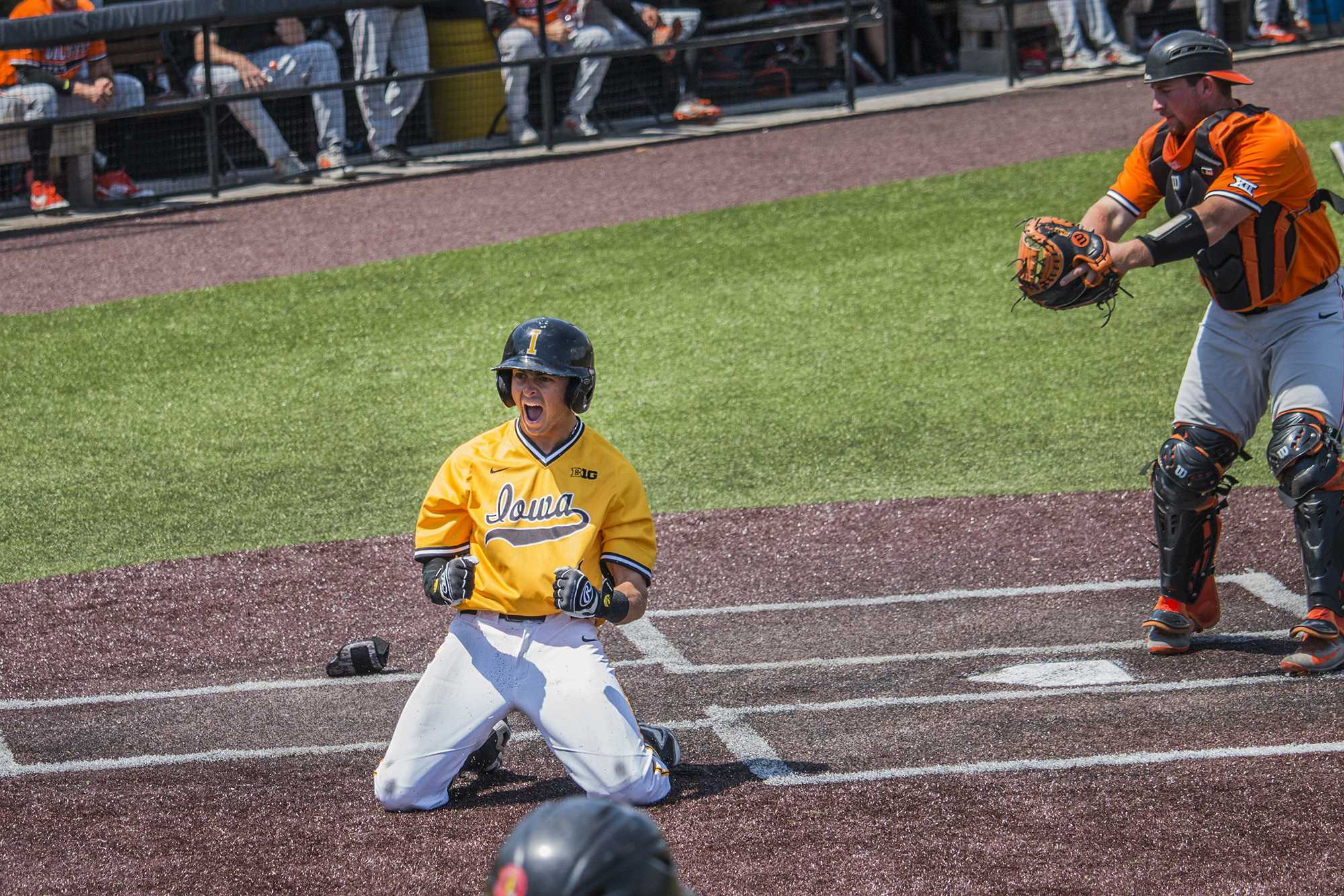 Hawkeyes hammer No. 12 Cowboys in important series win