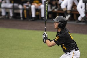Iowa baseball drops series opener to Hawaii