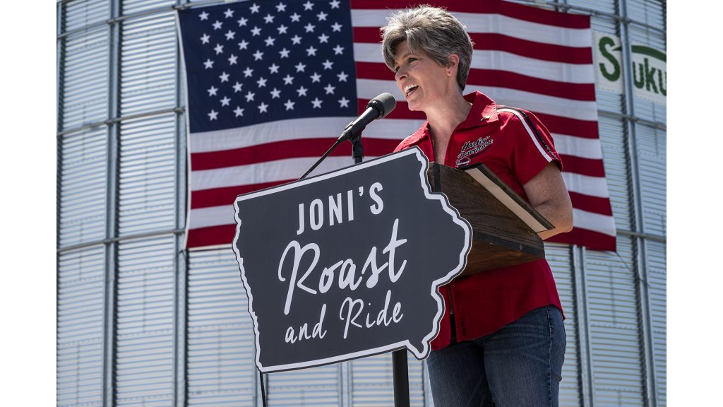 Sen.+Joni+Ernst%2C+R-Iowa%2C+speaks+during+the+fourth+annual+Roast+and+Ride+fundraiser+in+Boone%2C+Iowa+on+Saturday%2C+June+9%2C+2018.+The+event+raises+money+for+veterans%27+charities+and+provides+a+platform+for+state+and+national+Republican+officials+to+speak.+