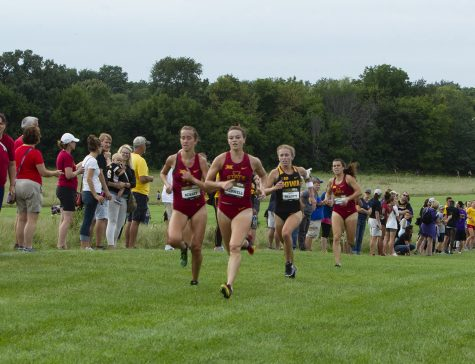 Hawkeye cross-country brings home leading finishes after a weekend of heavy competition