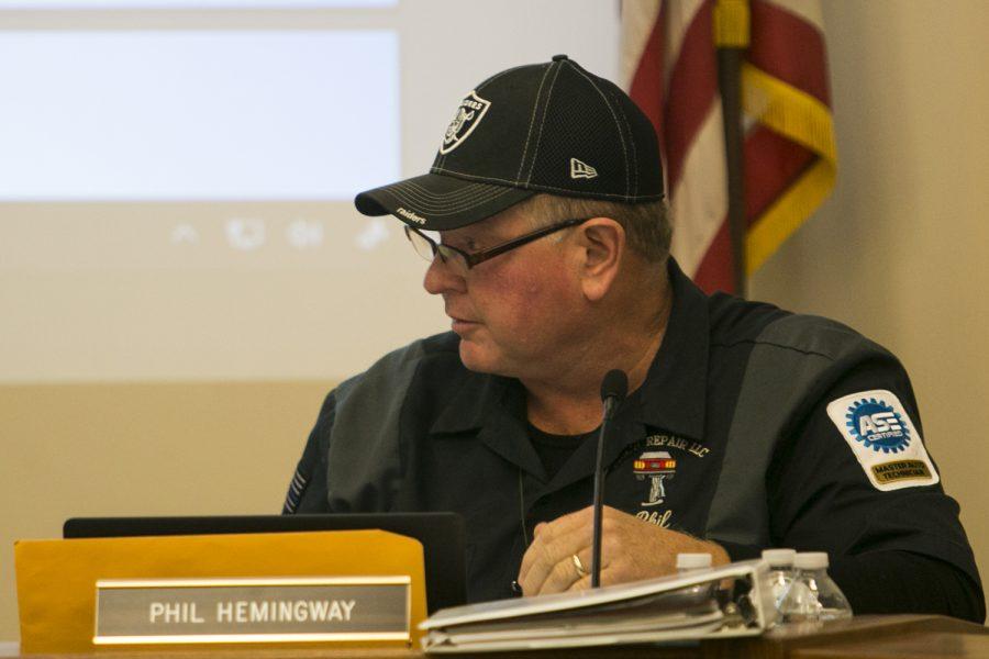 School board member Phil Hemingway speaks during Iowa City school board meeting on Tuesday, Oct. 24, 2017.