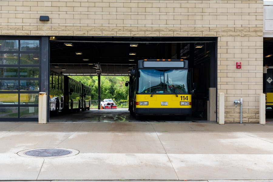 University+of+Iowa+Cambuses+at+the+Madison+St.+Maintenance+Facility+on+Monday%2C+Aug.+20%2C+2018.+Cambus+recently+announced+a+limitation+of+service+to+Mayflower+Hall+due+to+ongoing+road+construction.