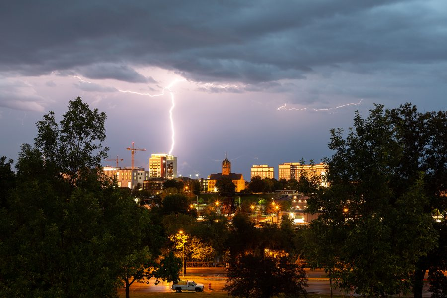 Lighting+flashes+across+the+Iowa+City+skyline+as+storms+push+through+the+area+on+the+evening+of+Tuesday%2C+Aug.+28%2C+2018.+