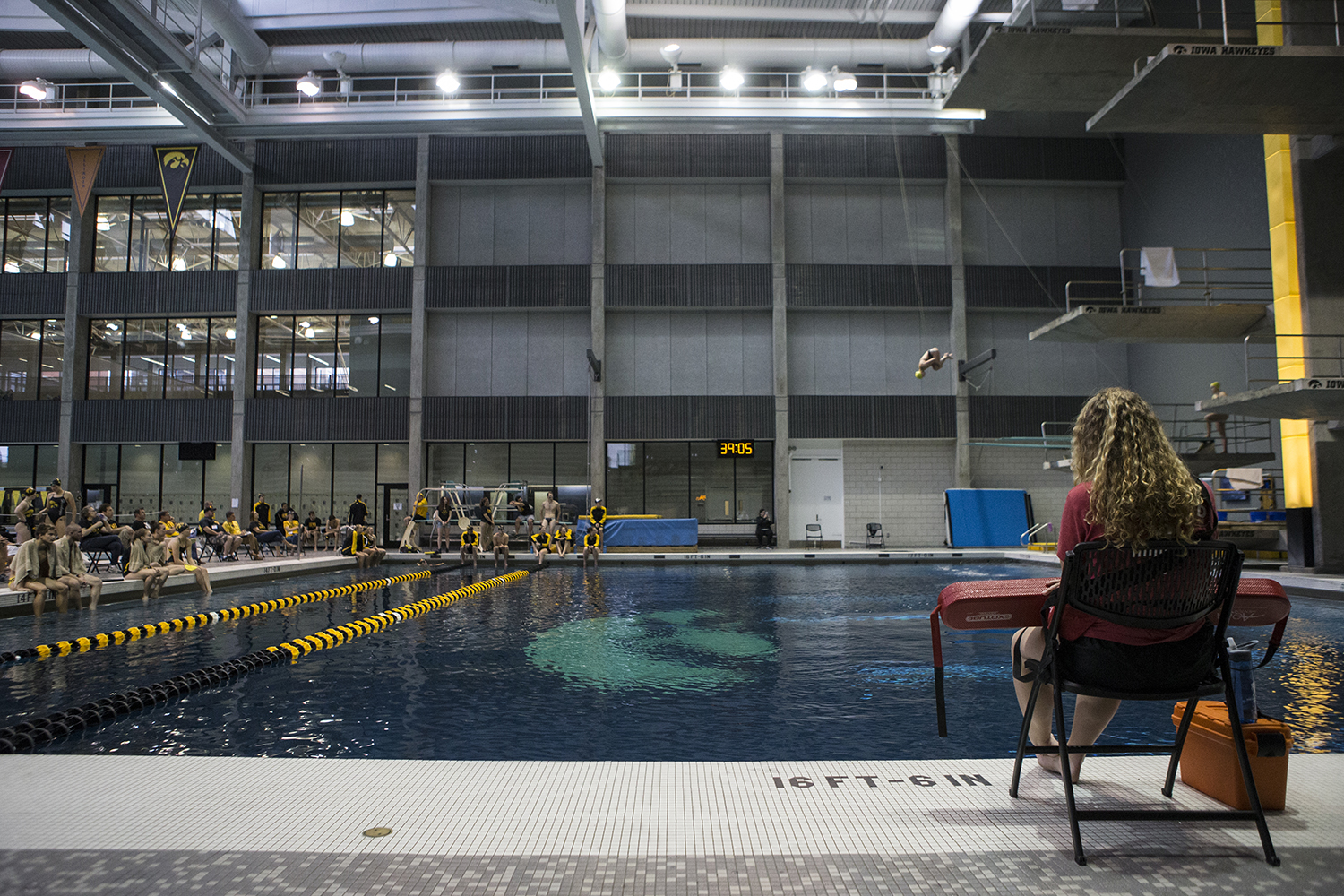 Claire+Park+jumps+off+the+beam+during+the+Iowa+Swimming+and+Diving+Intrasquad+Meet+at+the+Campus+Recreation+and+Wellness+Center+on+Saturday%2C+September+29%2C+2018.