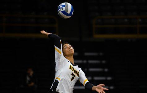 Fundamentals prove key in Hawkeye volleyball's weekend sweep