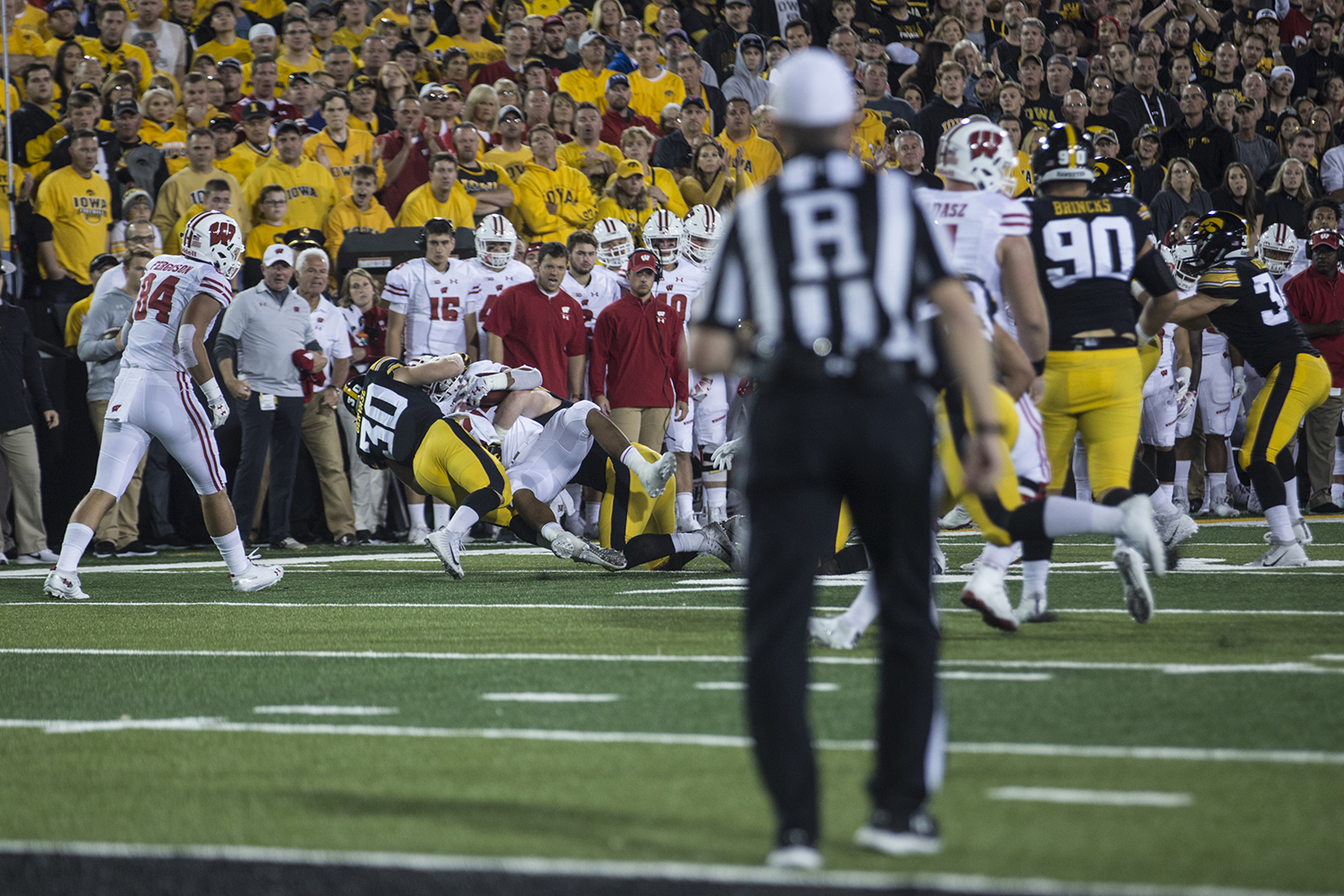 Iowa%27s+Jake+Gervase+tackles+a+running+back+during+a+football+game+between+Iowa+and+Wisconsin+on+Saturday%2C+September+22%2C+2018.+The+Badgers+defeated+the+Hawkeyes%2C+28-17.+%28Shivansh+Ahuja%2FThe+Daily+Iowan%29