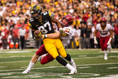 Iowa Tight End Noah Fant runs after a catch during Iowa's game against Iowa State at Kinnick Stadium on Saturday, Sept. 8, 2018. The Hawkeyes defeated the Cyclones 13-3.
