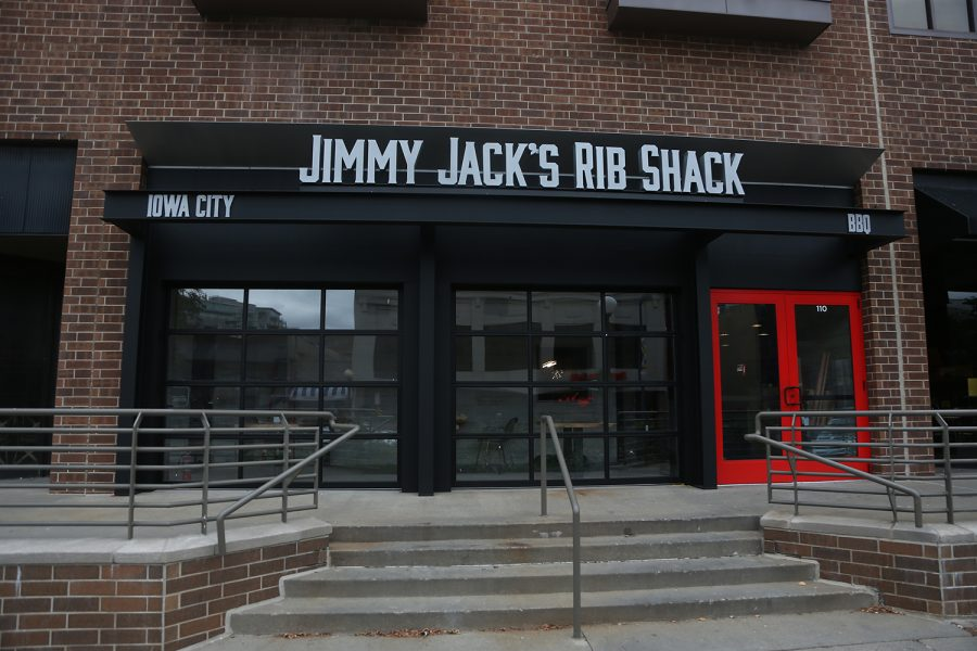 Jimmy+Jacks+Rib+Shack+is+adding+a+new+location+to+downtown+Iowa+City+next+to+Buffalo+Wild+Wings+located+on+S.+Clinton+St.+Jimmy+Jacks+is+also+located+on+Lower+Muscatine+Road+in+Iowa+City+near+the+Sycamore+Mall.+%28The+Daily+Iowan%2F+Alex+Kroeze%29