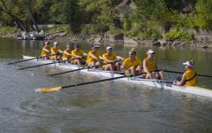 Iowa rowing goes 1-2 at Pac 12 Invitational
