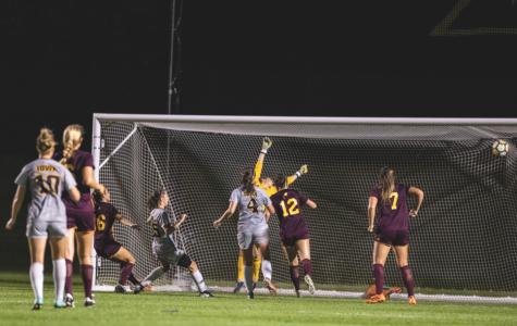 Freshmen help Iowa soccer navigate through Hawkeye Invitational