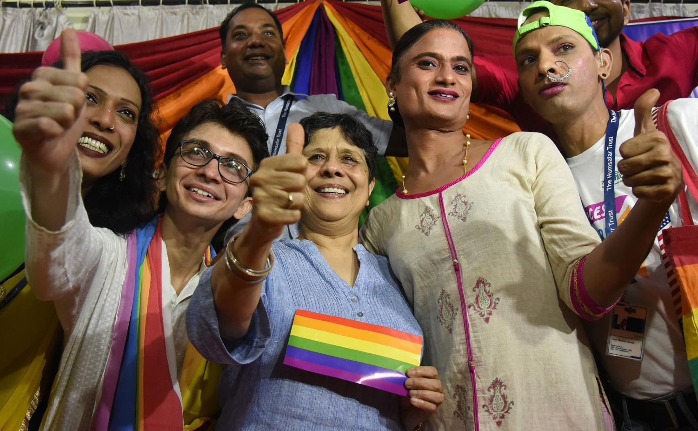 India's top court legalizes gay sex in historic verdict