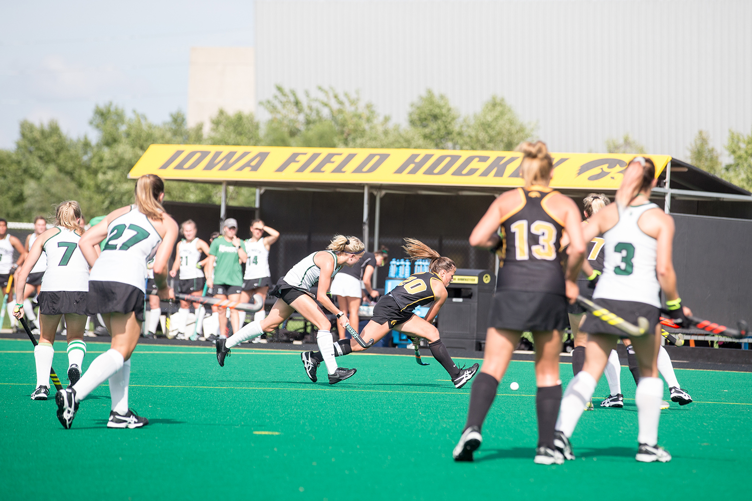 Iowa%27s+Sophie+Sunderland+controls+the+ball+during+a+field+hockey+match+between+Iowa+and+Dartmouth+College+at+Grant+Field+on+Friday%2C+August+31%2C+2018.+The+Hawkeyes+shut+out+the+Big+Green%2C+6-0.