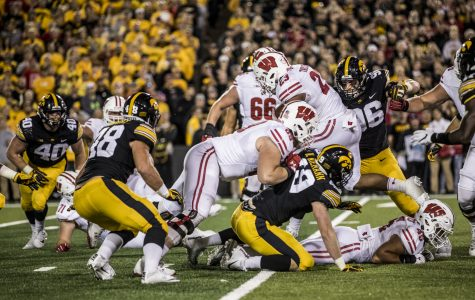 Iowa defense continues prep for Wisconsin's Taylor