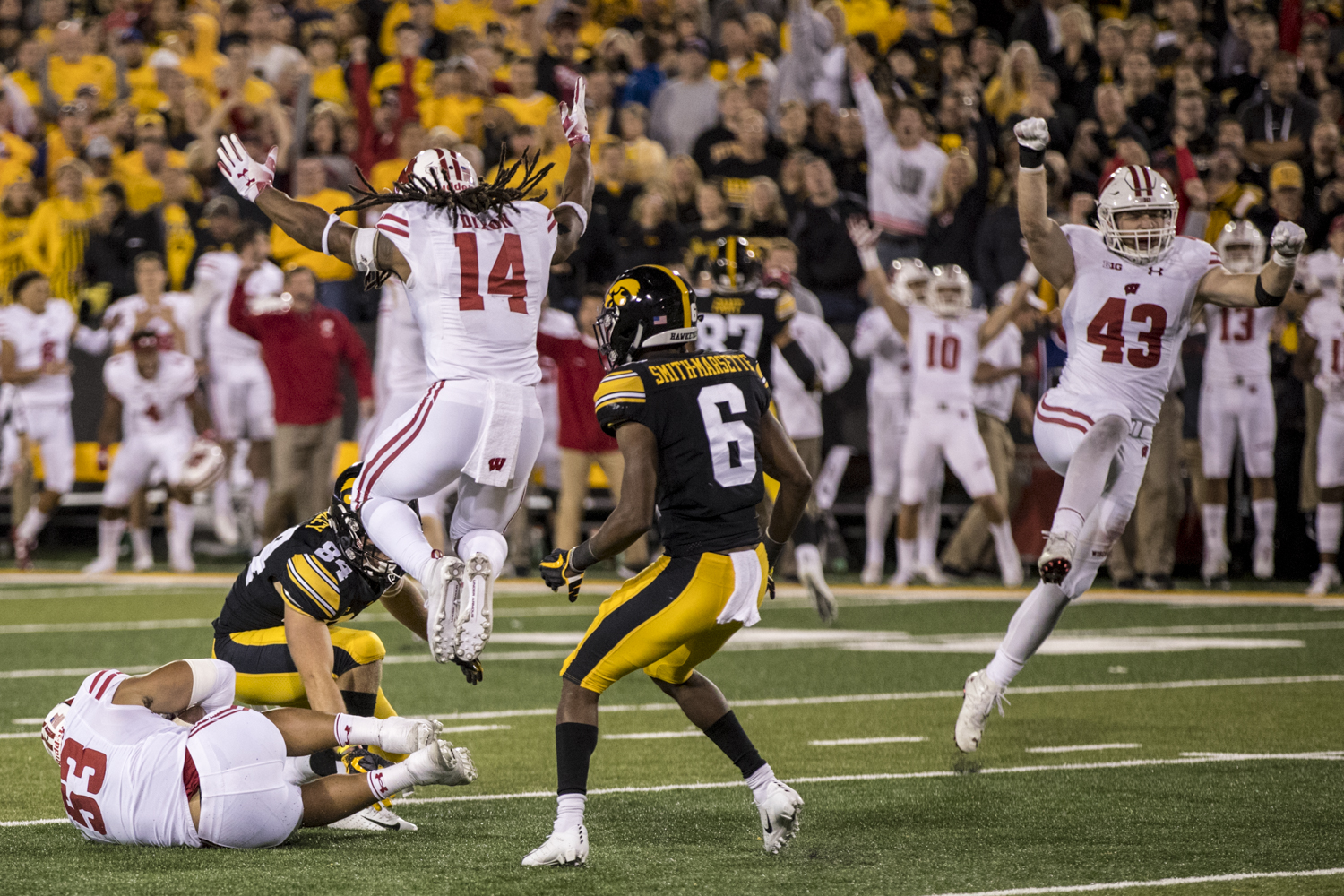 Wisconsin+Players+celebrate+after+a+fourth+quarter+interception+during+Iowa%27s+game+against+Wisconsin+at+Kinnick+Stadium+on+Saturday%2C+September+22%2C+2018.+The+Badgers+defeated+the+Hawkeyes+28-17.