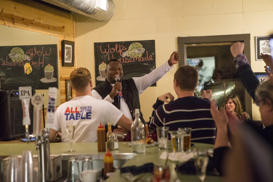 Newly elected City Councilor Bruce Teague speaks to supporters at Billy's High Hat Diner on Tuesday, Oct. 2, 2018. Teague defeated Ann Freerks 54.3 to 45.3 percent in a special election for Iowa City City Council's vacant seat.
