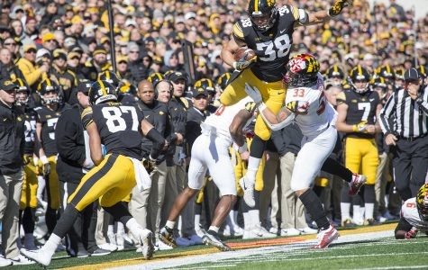 Iowa runs all over Maryland in Homecoming win