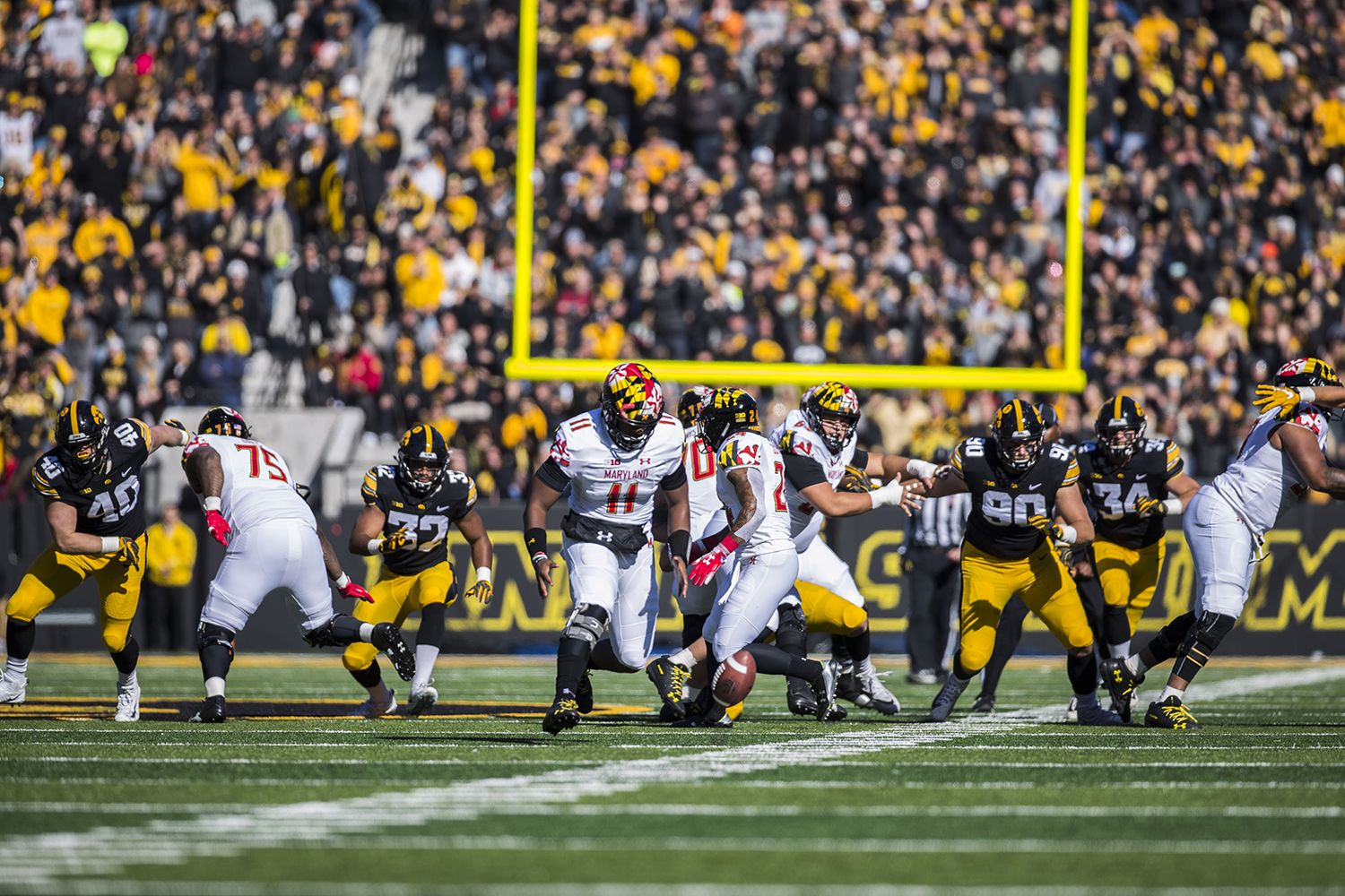 Maryland+Kasim+Hill+%2811%29+loses+control+of+the+ball+during+the+Iowa%2FMaryland+homecoming+football+game+at+Kinnick+Stadium+on+Saturday%2C+October+20%2C+2018.+The+Hawkeyes+defeated+the+Terrapins%2C+23-0.+