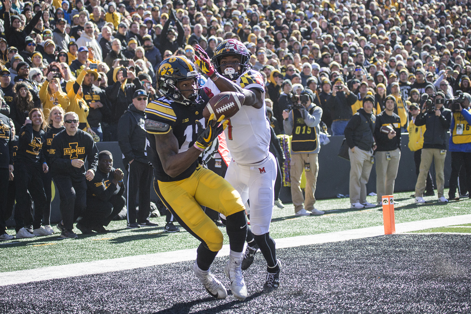 Iowa+wide+receiver+Brandon+Smith+hauls+in+a+touchdown+pass+during+a+football+game+between+Iowa+and+Maryland+in+Kinnick+Stadium+on+Saturday%2C+October+20%2C+2018.+The+Hawkeyes+defeated+the+Terrapins%2C+23-0.+