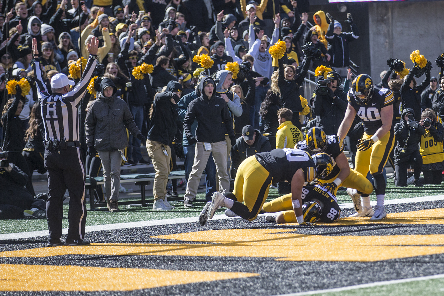 Iowa+defensive+end+Anthony+Nelson+recovers+a+fumble+in+the+end+zone+for+a+touchdown+during+a+football+game+between+Iowa+and+Maryland+in+Kinnick+Stadium+on+Saturday%2C+October+20%2C+2018.+The+Hawkeyes+defeated+the+Terrapins%2C+23-0.+