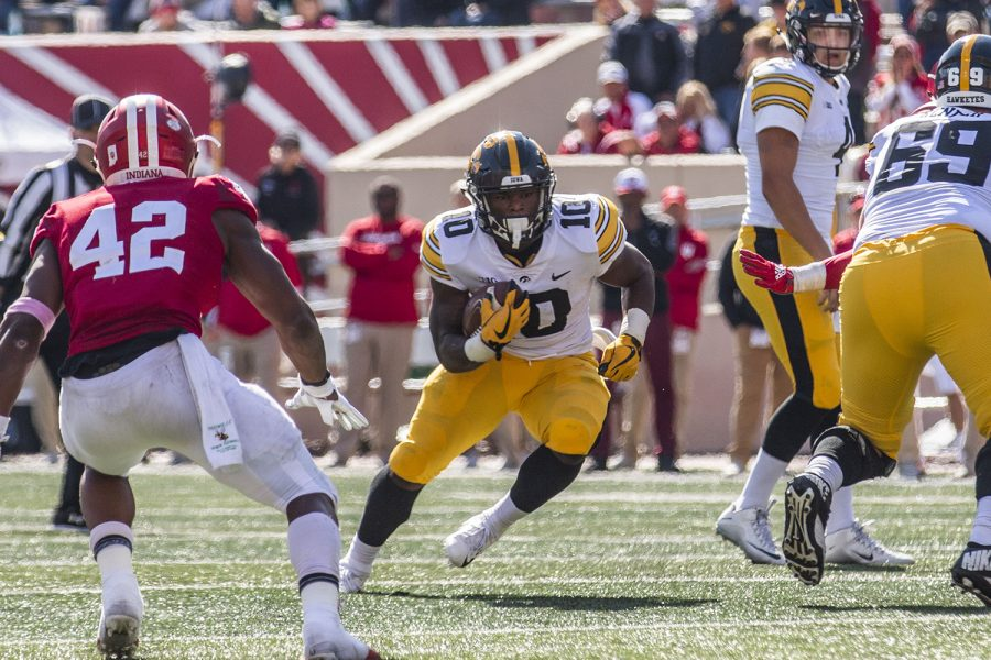 Iowa+running+back+Mekhi+Sargent+carries+the+ball+during+Iowa%27s+game+at+Indiana+at+Memorial+Stadium+in+Bloomington+on+Saturday%2C+Oct.+13%2C+2018.+The+Hawkeyes+beat+the+Hoosiers+42-16.+