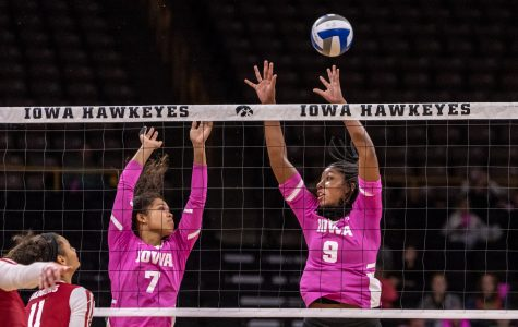 Point/Counterpoint: Will volleyball make the NCAA Tournament after beating No. 6 Wisconsin?
