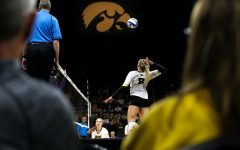 Iowa volleyball seeks to get back on track against Maryland