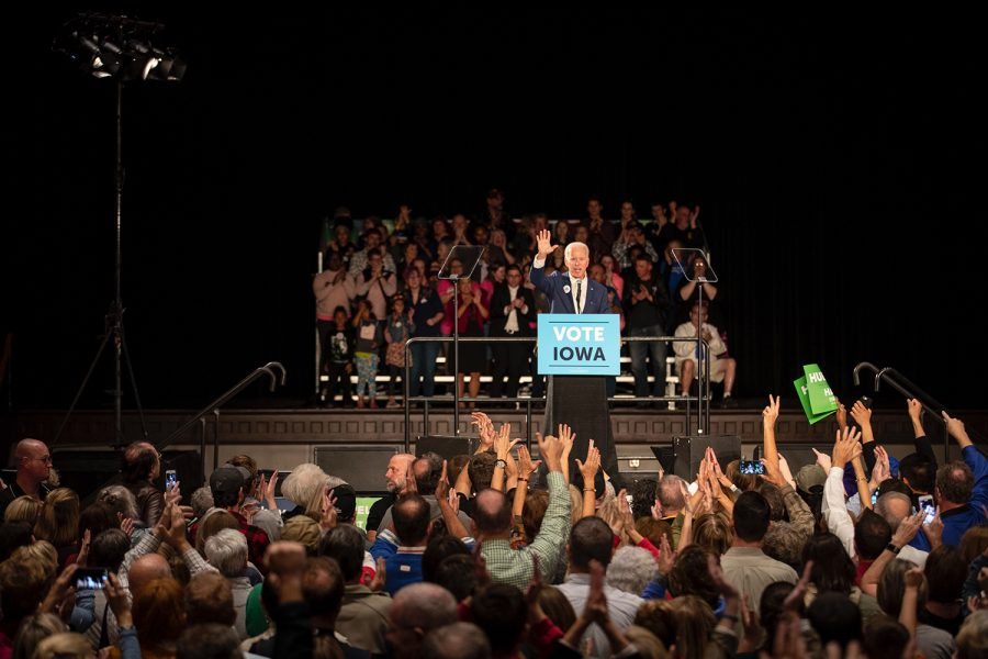 Joe+Biden+addresses+the+crowd+during+the+Cedar+Rapids+Early+Vote+Rally+at+the+Veterans+Memorial+Building+on+Tuesday.+The+event+also+featured+speeches+by+1st+Congressional+District+Democratic+candidate+Abby+Finkenauer+and+Democratic+candidate+for+governor+Fred+Hubbell.