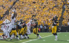 Point-Counterpoint: Will Nate Stanley break Iowa's passing touchdown record?