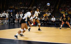 Hawkeye volleyball sweeps Scarlet Knights in New Jersey