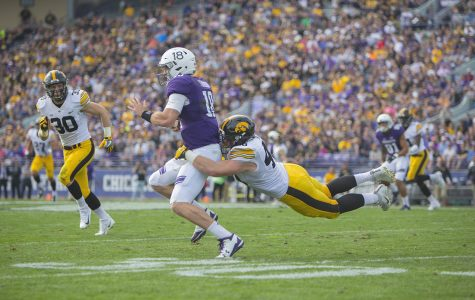 Iowa football's defensive line remains strong, steady