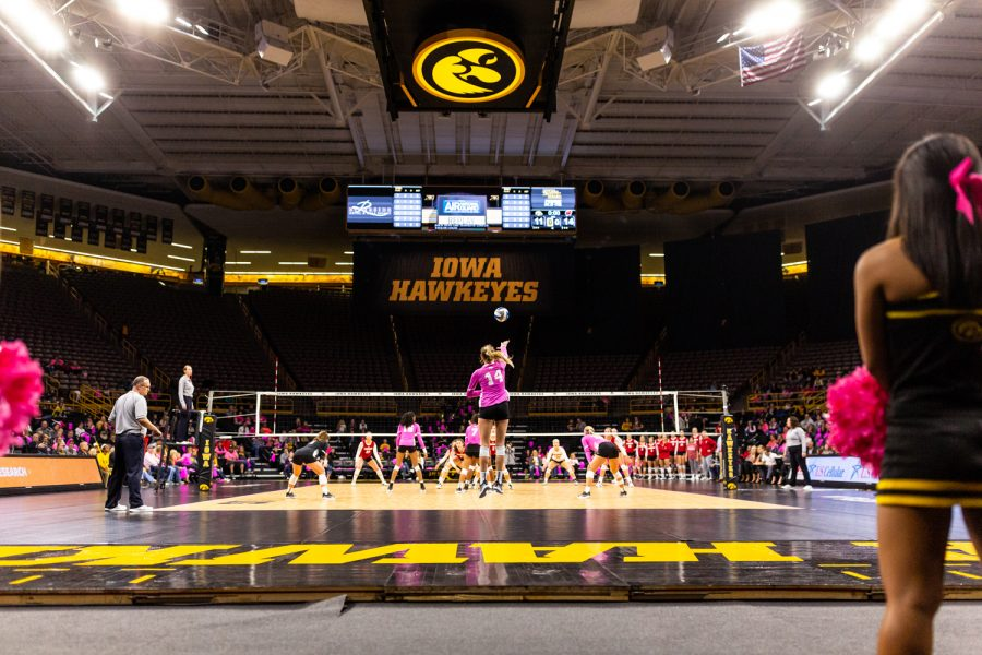 Iowa%27s+Cali+Hoye+serves+the+ball+during+a+volleyball+match+against+Wisconsin+on+Saturday%2C+Oct.+6%2C+2018.+The+Hawkeyes+defeated+the+number+six+ranked+Badgers%2C+3-2.