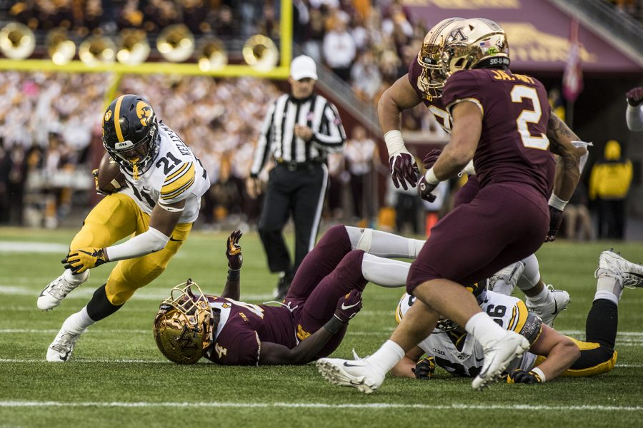 Iowa+running+back+Ivory+Kelly-Martin+carries+the+ball+during+Iowa%27s+game+against+Minnesota+at+TCF+Bank+Stadium+on+Saturday%2C+Oct.+6%2C+2018.+The+Hawkeyes+defeated+the+Golden+Gophers+48-31.