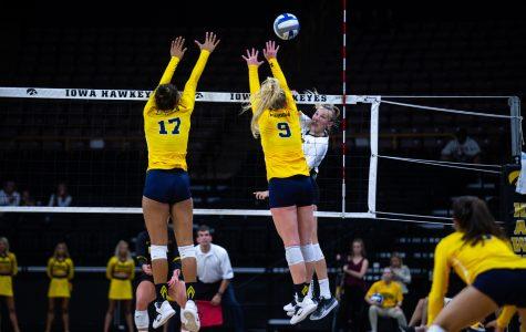 Iowa volleyball welcomes No. 6 Wisconsin