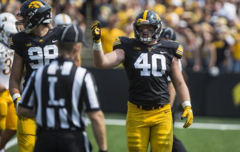Hawkeye defensive end Parker Hesse's relationship step from football gridiron