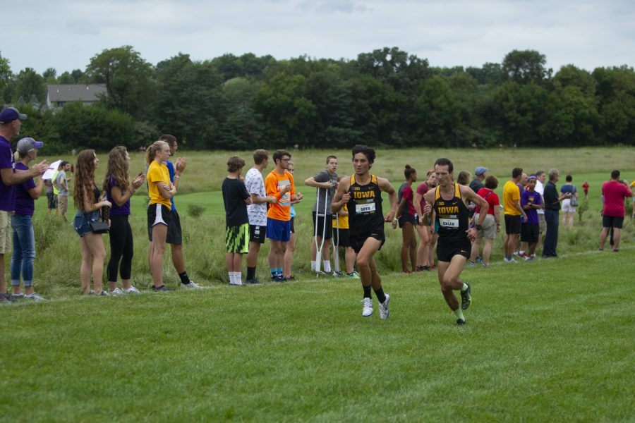 Ian+Eklin+and+Daniel+Soto+race+in+the+Men%27s+6k+at+the+Hawkeye+Invitational+on+Friday%2C+August+31%2C+2018+at+Ashton+Cross+Country+Course.+Iowa+State+defeated+Iowa+24+to+56.+